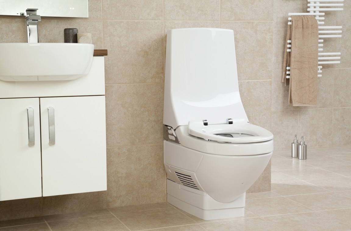 review geberit aquaclean 8 000 plus care toilet able. Black Bedroom Furniture Sets. Home Design Ideas