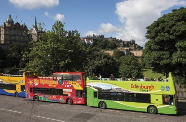 lothian-buses-lineup-disability-access