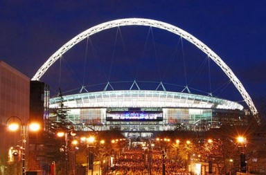 Wembley_Stadium_illuminated